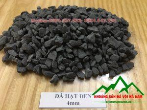 Thông số sản phẩm đá hạt đen 4mm:  - Kích cỡ : 4mm  - Đóng bao: 50 kg/bao hoặc bao jumbo> 1 tấn