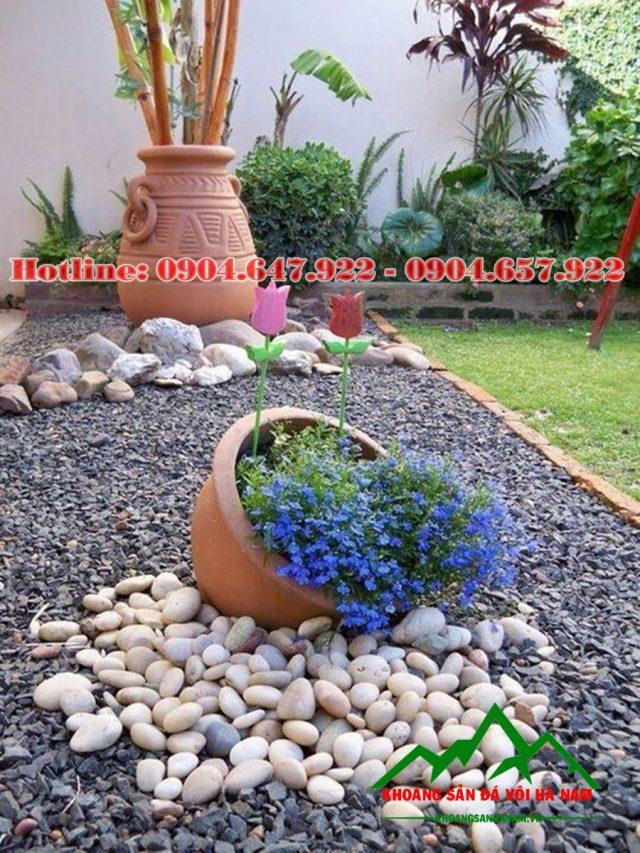 Sỏi màu trang trí sân vườn