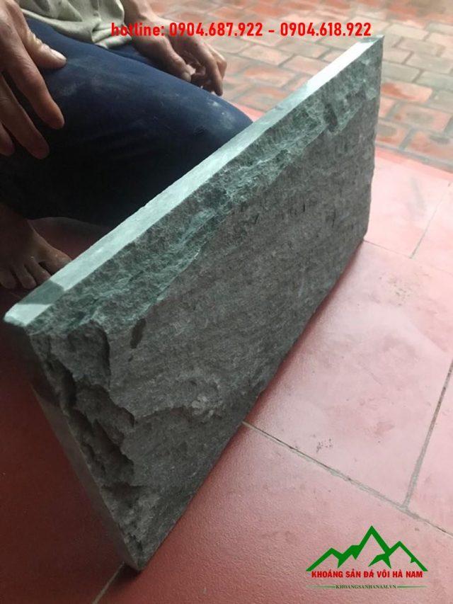 đá trang trí bóc xanh rêu